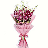 Online Chocolates and Flowers to Delhi
