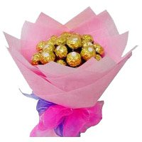 Online Chocolate Bouquet Delivery in Delhi