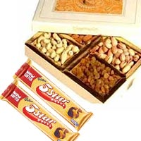 New Year Dry Fruits to Delhi : New Year Gifts to Delhi : Send Gifts to Delhi