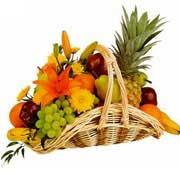 Gifts to  Delhi: Fresh Fruits to Delhi