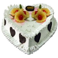 Send Heart Shape Pineapple Cake to Delhi Naraina